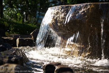 161210-01-fountain.jpg